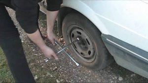 Alhambra Roadside Assistance - (626) 240-2770